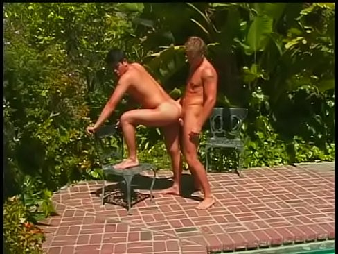 Gorgeous young fairy plunders dark-haired twink's poop chute under the sun