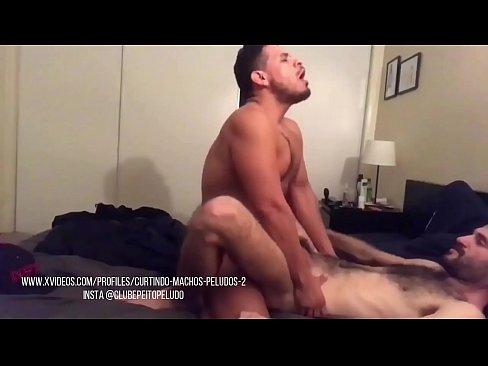 arreganhando um cu